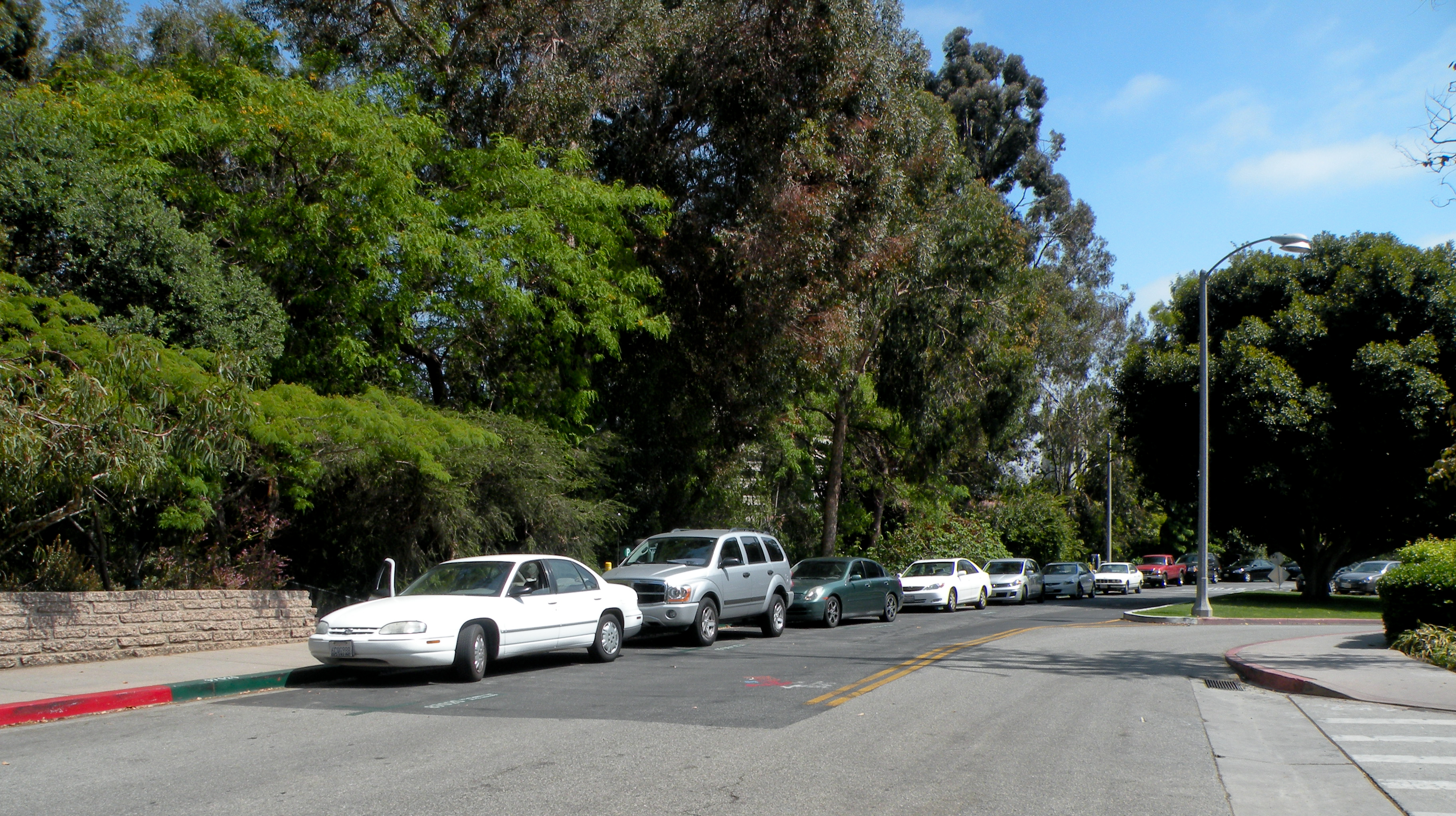 Drive Time Locations >> UCLA Campus Map: Tiverton Drive Street Parking